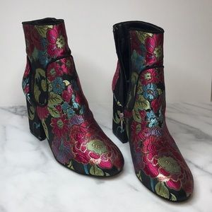 Marc Fisher floral fabric boots size 7.5